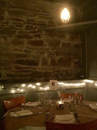 Chatham, Estado de Nueva York: Downstairs corner table