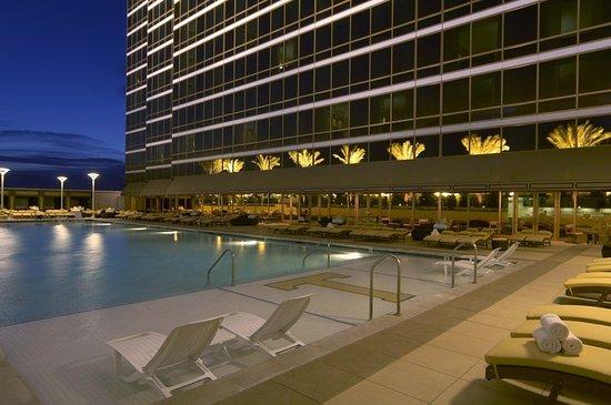 Trump International Hotel Las Vegas: Pool