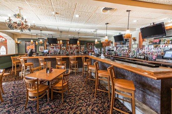 Quality Inn & Suites Conference Center: Restaurant