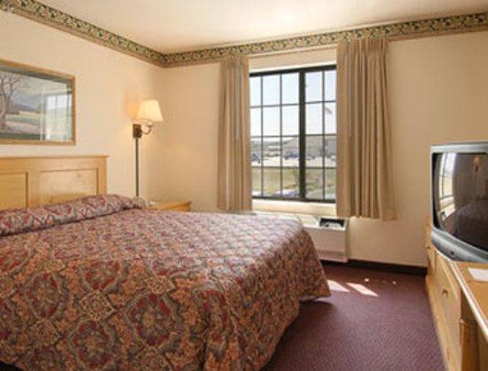 رامادا رابيد سيتي ويست: Guest room