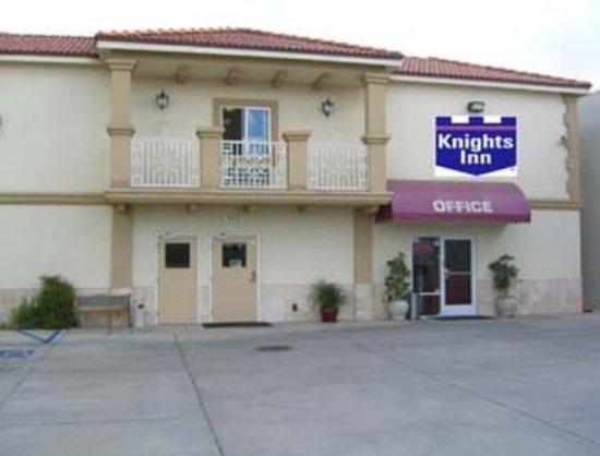 Knights Inn & Suites Bakersfield : Exterior