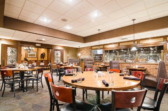 Restaurant Billede Af Clarion Inn Garden City Garden City Tripadvisor