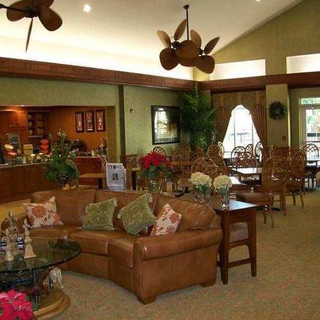 Homewood Suites Ocala at Heath Brook: Lobby