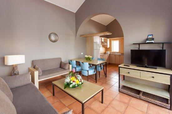 Sol Barbacan Hotel: Guest room