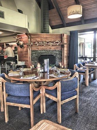 Alpine Lodge Photo