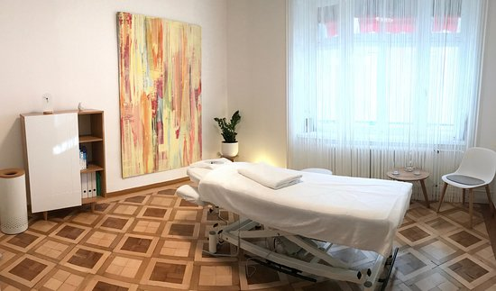 Zürih, İsviçre: Behandlungsraum