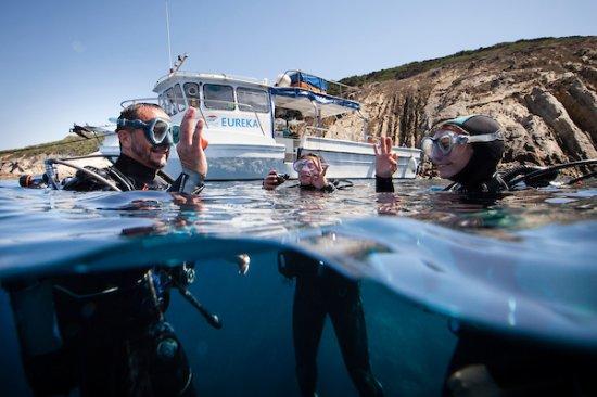 La Londe Les Maures, França: Le navire Dune Eureka, toujours à proximité de vos plongées...