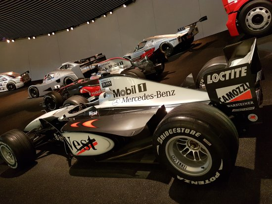 Formule 1 picture of mercedes benz museum stuttgart for Booking formule 1