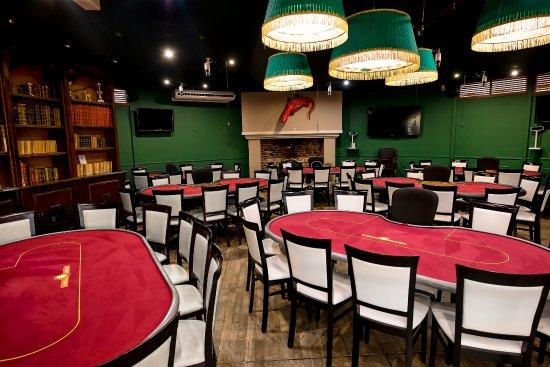Casino gruissan restaurant uk gambling licence