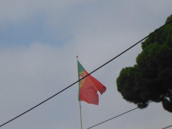 Afonso de Albuquerque Square : Portuguese Flag over the Square