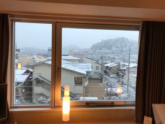 窓の外は雪景色 Picture Of Spa Hotel Alpina Hidatakayama Takayama - Spa hotel alpina hidatakayama