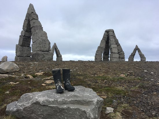 Raufarhofn, Island: Someone left the boots