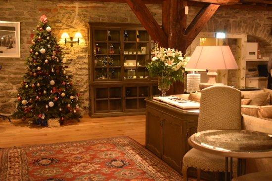 Hotel Schlossle: Sällskapsrummet med de trevliga gästböckerna