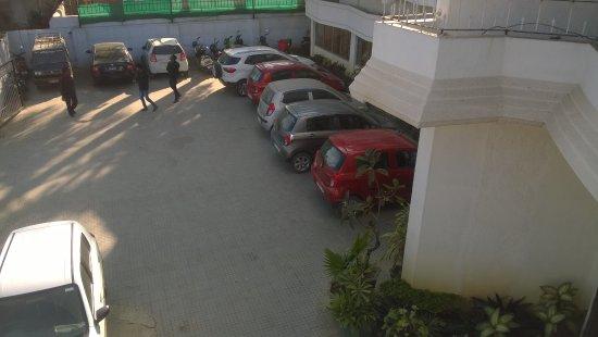 Ambikapur, India: Parking Area