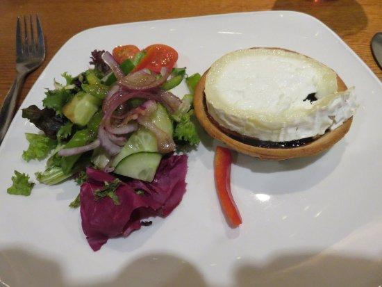 Goats cheese starter at Moulin Inn
