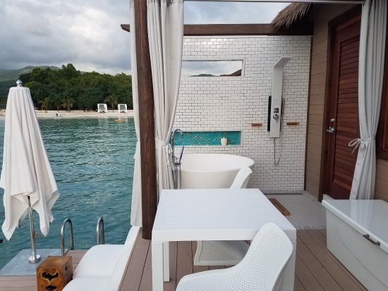 Sandals South Coast: Tub, Shower, Lower deck
