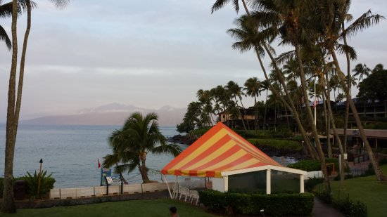 "Napili Kai Beach Resort: Hideous ""circus tent"" obstructing view of beautiful Napili Bay."