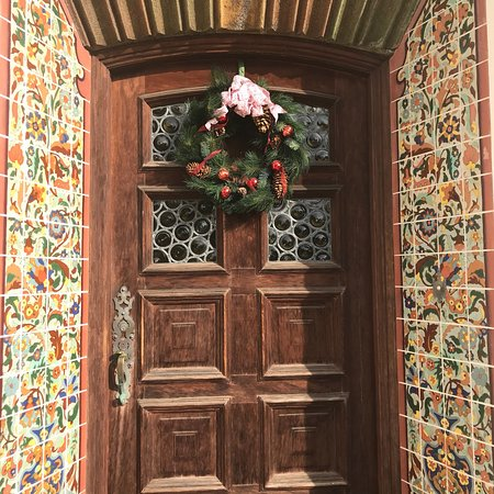 Adamson House and Malibu Lagoon Museum: Little hidden, special piece of Malibu. Filled with gorgeous Spanish tile throughout