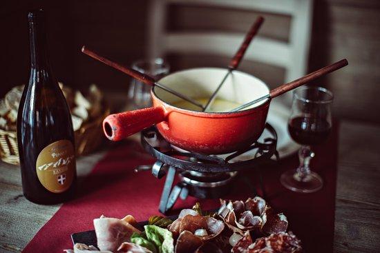 La Fondue, Val Thorens - Place de l'eglise - Restaurant Reviews