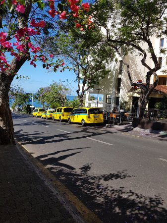 Pestana Village: Taxis make travelling easy
