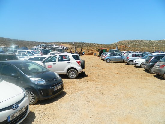 Balos Lagoon: Parkplatz recht voll
