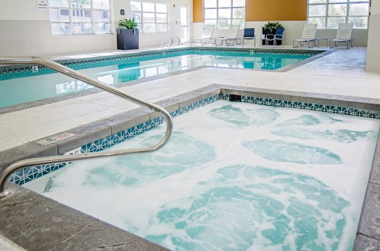 Largest indoor swimming pool in the entire area picture of best western timpanogos inn lehi for Lehi city swimming pool lehi ut