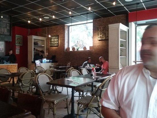 Mee noodle shop hell 39 s kitchen nueva york centro de la for Hell s kitchen restaurant la