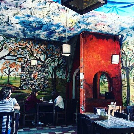 Rainbow Cafe: photo0.jpg