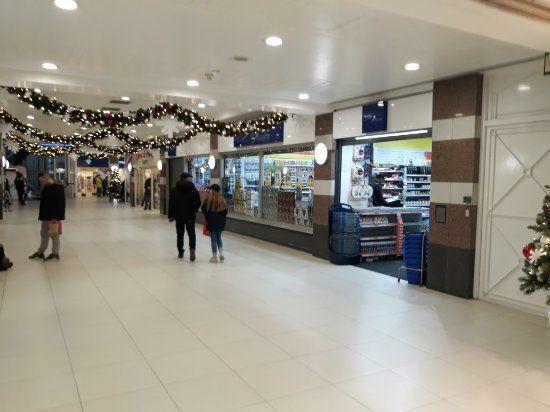 Crompton Place Shopping Centre