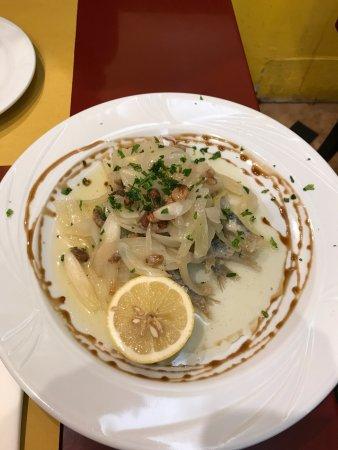 Gam Gam Kosher Restaurant: photo0.jpg