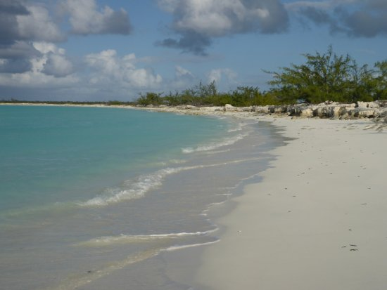 Little Exuma: Deserted beach