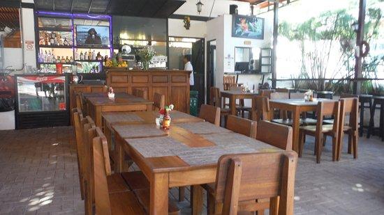 Restaurante Buru by the Park: SEATING