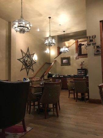 Hotel Elliott: dining area