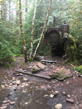 Salem, OR: Abandoned sawmill