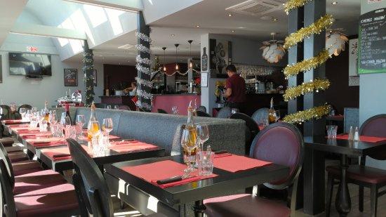 Restaurant vittoria rom st laurent du var - Restaurant port de saint laurent du var ...