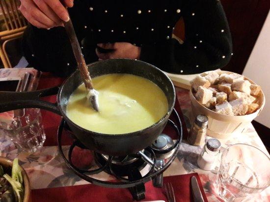 Tresserve, France: La fondue au St Marcelin