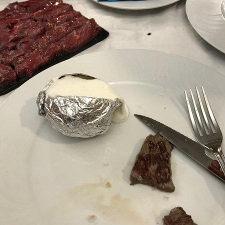 La carne a la piedra espectacular!!!