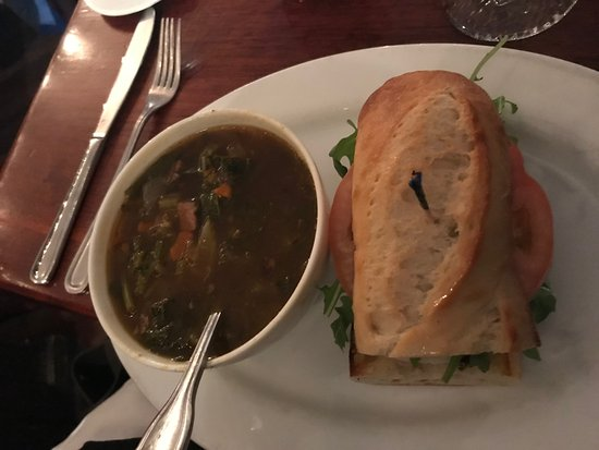Griswold Inn ~ Dining: Half-sandwich (Italian meat) and soup of the day (vegetable beef).