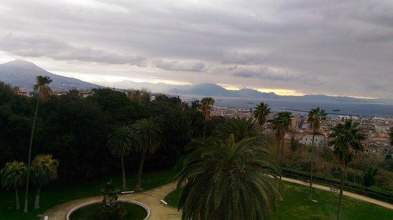 Museo Nazionale di Capodimonte: vue sur Naples depuis le musée