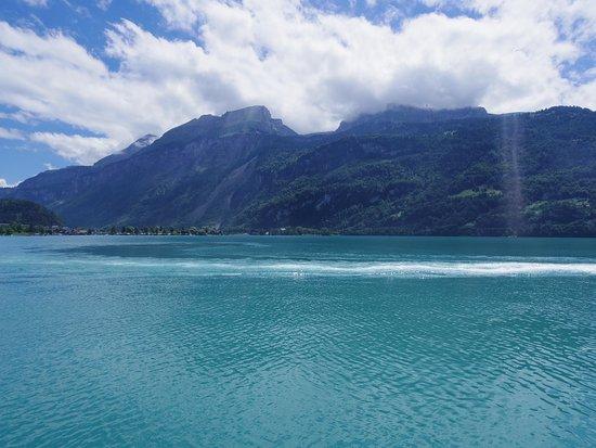 Lake Brienz: 湖畔で休憩