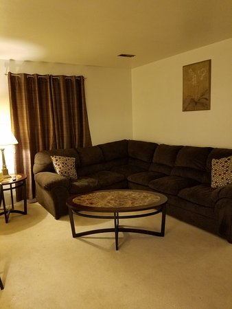 Underwood, ND: #5 Living room in three room suite