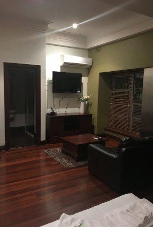 Inglewood, Australia: Room 1 - lounge area
