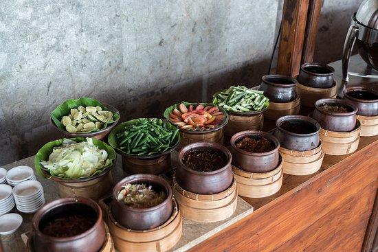 Aneka Sambal Dan Lalapan Picture Of The Fig Tree Restaurant