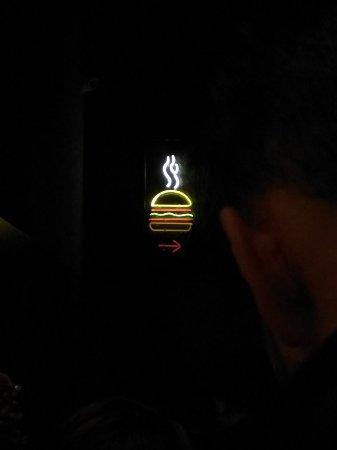 """Hamburguesa en una localización """"secreta"""""""