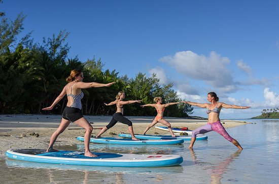 Paddle Board Yoga in Muri Lagoon