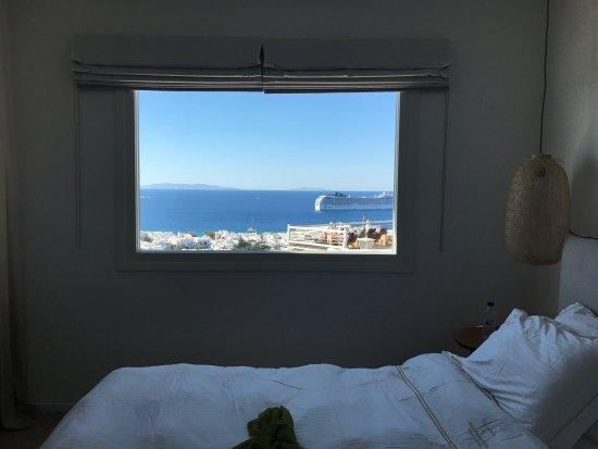 Vencia Hotel: junior suite front seaview room