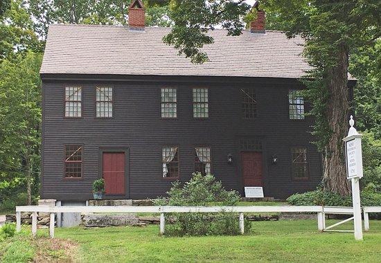 Kent, CT: Seven Hearths Museum