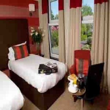Rhu, UK: Guest room