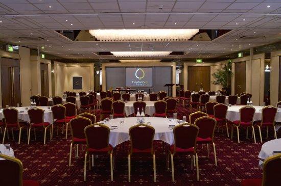 Croydon Park Hotel: Ballroom