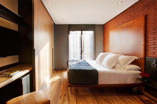 Hotel Granados 83: Guest room